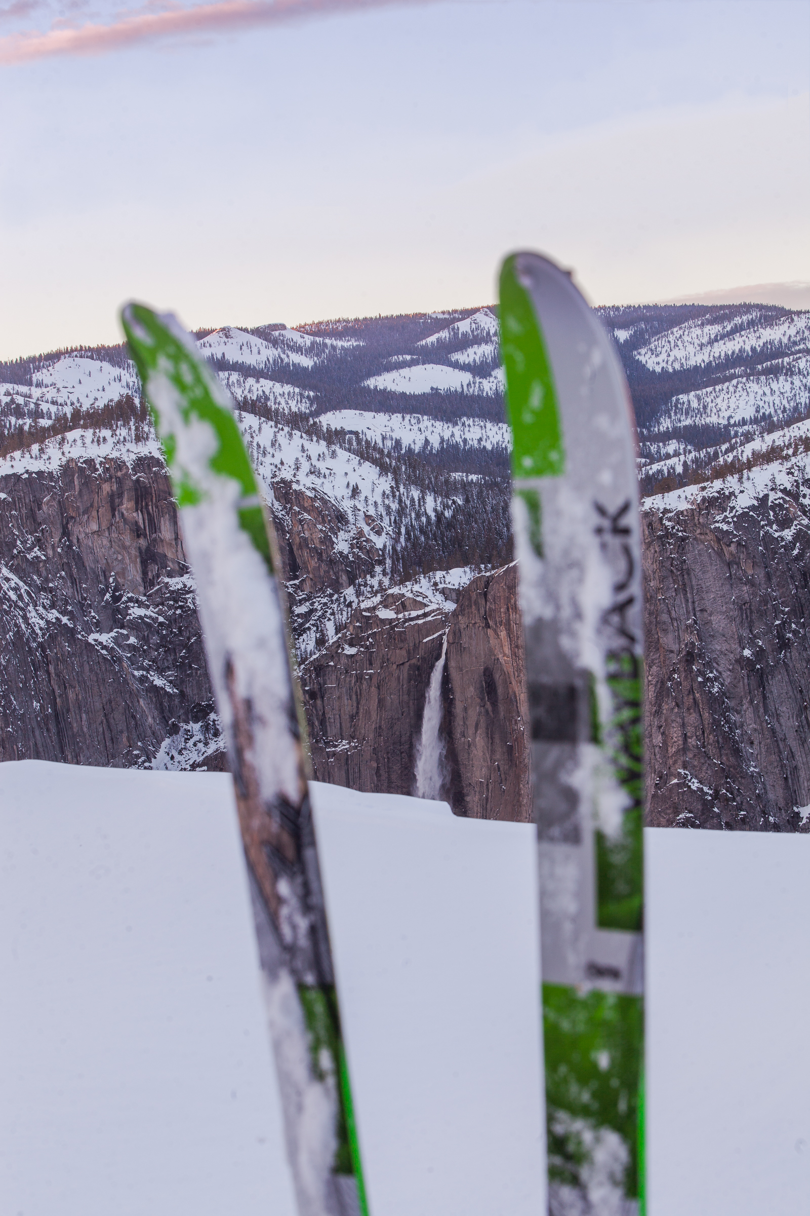 Skis-on-Yosemite.jpg